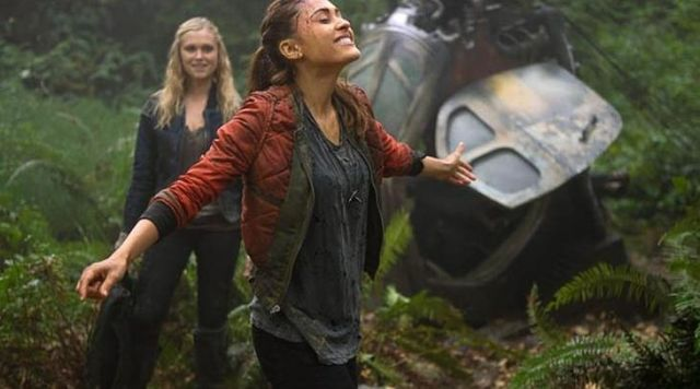 Fashion Trends 2021: Bomber red outfit worn by Raven Reyes (Lindsey Morgan) seen in The 100