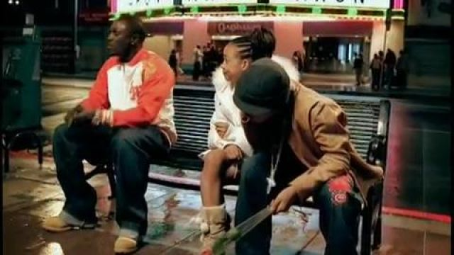 Boots Timberland Akon in the clip Lonely - Youtube Outfits and Products