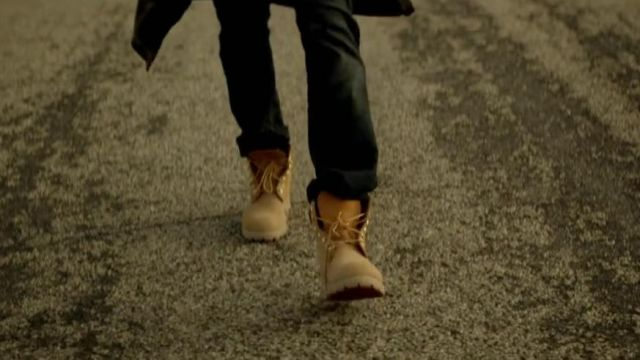 Boots Timberland Chris Brown in her video clip Don't Judge Me - Youtube Outfits and Products