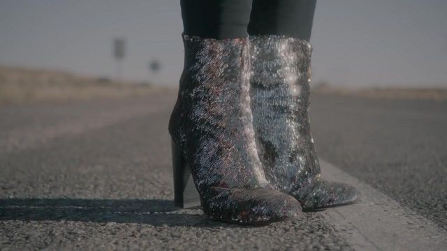 Boots sequined Bebe Rexha in her video clip Meant to Be - Youtube Outfits and Products