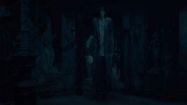 Bowler hat-black the monster in The haunting of Hill House (Season 1E10) - TV Show Outfits and Products