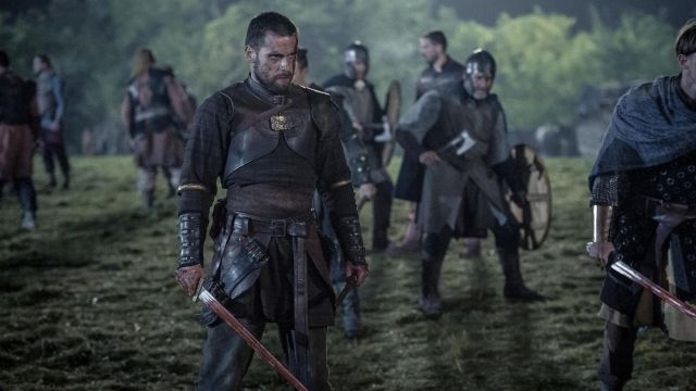 Bracelets viking Finan (Mark Rowley) seen in The Last Kingdom Season 2 Episode 8 - TV Show Outfits and Products