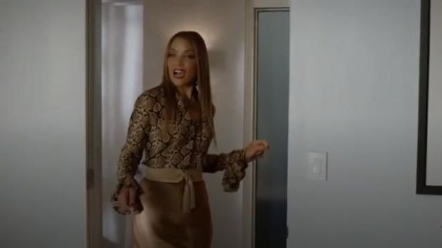 Brown Snake Print Blouse outfit worn by Dominique Deveraux (Michael Michele) in Dynasty Season 3 Episode 5 - TV Show Outfits and Products