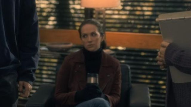 Brown leather jacket outfit worn by Theodora Crain (Kate Siegel) seen in The Haunting of Hill House Season 1 Episode 2 - TV Show Outfits and Products