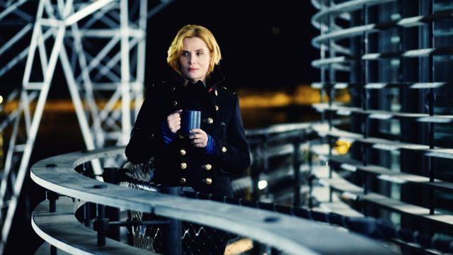 Caban spirit officer Chloe Fisher (Emmanuelle Seigner) seen in above suspicion Season 1 Episode 6 - TV Show Outfits and Products