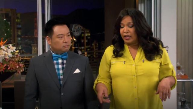 Calvin Klein Zip Roll Sleeve Shirt in Aloe outfit worn by Yolanda (Kym Whitley) in Young & Hungry (S01E03) - TV Show Outfits and Products