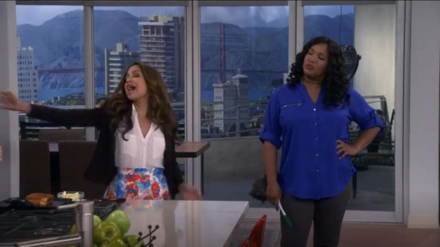 Calvin Klein Zip Roll Sleeve Shirt in Celestial outfit worn by Yolanda (Kym Whitley) in Young & Hungry (S01E09) - TV Show Outfits and Products