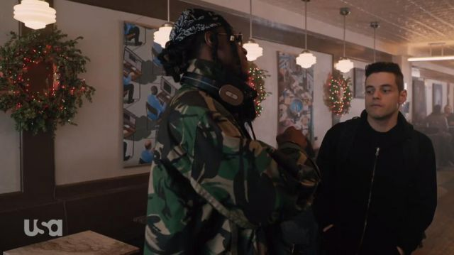 Camo rain jacket of Leon (Joey Bada$$) in Mr. Robot (S04E06) - TV Show Outfits and Products