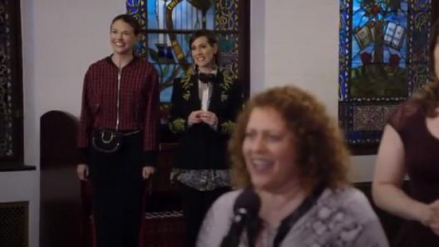 Chloe Nile Small Bracelet Bag outfit worn by Liza Miller (Sutton Foster) in Younger (S05E03)
