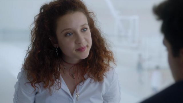 Choker lace Marina (María Pedraza) seen in Elite (Season 1 Episode 2) - TV Show Outfits and Products