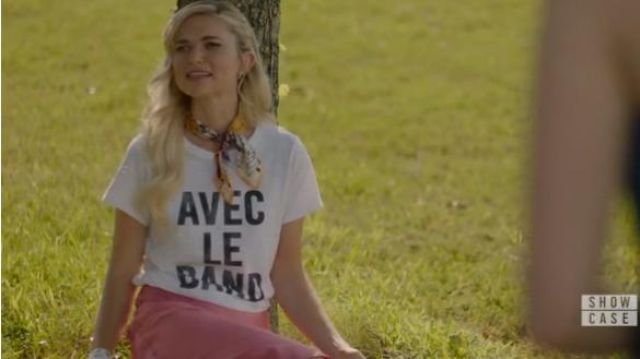 Cinq a sept white women's ishort-sleeve tee outfit worn by Lizzie Saltzman (Jenny Boyd) in Legacies Season 2 Episode 1 - TV Show Outfits and Products