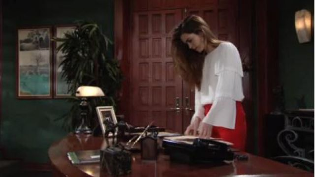 Club Monaco Truleen Top outfit worn by Amelia Heinle as seen in The Young and the Restless June 12,2019 - TV Show Outfits and Products
