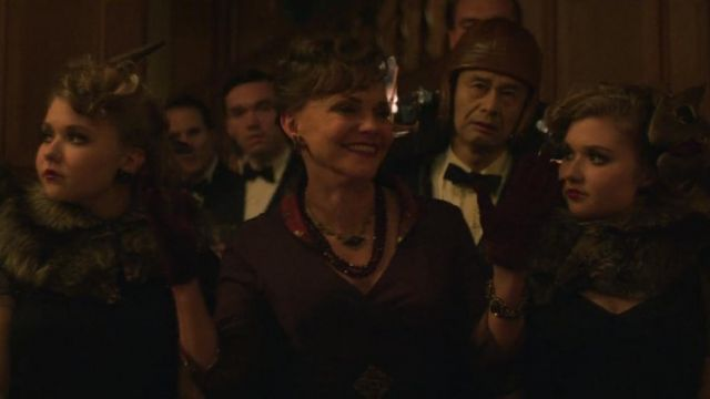 Collar purple the Dr. Greta Mantleray (Sally Field) seen in Maniac (Season 1 Episode 5) - TV Show Outfits and Products