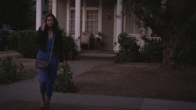 Fashion Trends 2021: Combination of blue Emily Fields (Shay Mitchell) seen in Pretty Little Liars