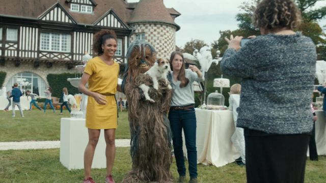 Fashion Trends 2021: Costume of Chewbacca on the anniversary of Elvis at the Ten percent Season 2 Episode 3
