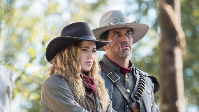 Fashion Trends 2021: Cowboy hat of Sara Lance (Caity Lotz) seen into the Legends of Tomorrow Season 2 Episode 6