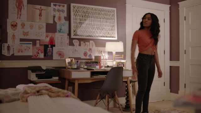 Crop top orange-Urban Outfitters outfit worn by Jennifer Pierce (China Anne McClain) seen in Black Lightning Season 1 Episode 5 - TV Show Outfits and Products