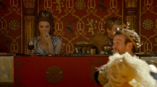 Fashion Trends 2021: Crown of the Royal meal in the Gardens of Margaery Tyrell (Natalie Dormer) seen in Game of Thrones Season 4 Episode 2