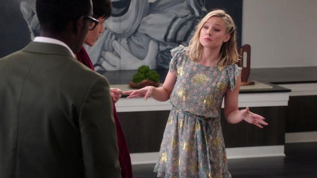 Dress flower of Eleanor Shellstrop (Kristen Bell) seen in The Good Place (Season 3 Episode 7) - TV Show Outfits and Products