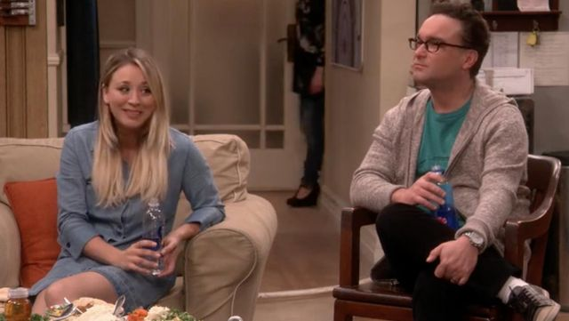 Fashion Trends 2021: Dress in jean Penny (Kaley Cuoco) seen in The Big Bang Theory S10E14