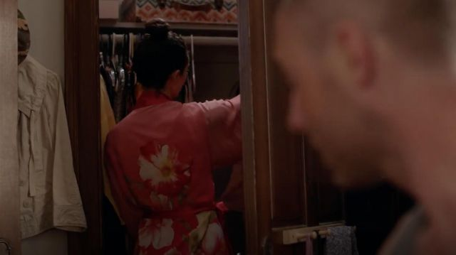 Dress room Paradise Wrap by Josie Natori scope by Fiona Gallagher (Emmy Rossum) on Shameless Season 9 Episode 3 - TV Show Outfits and Products