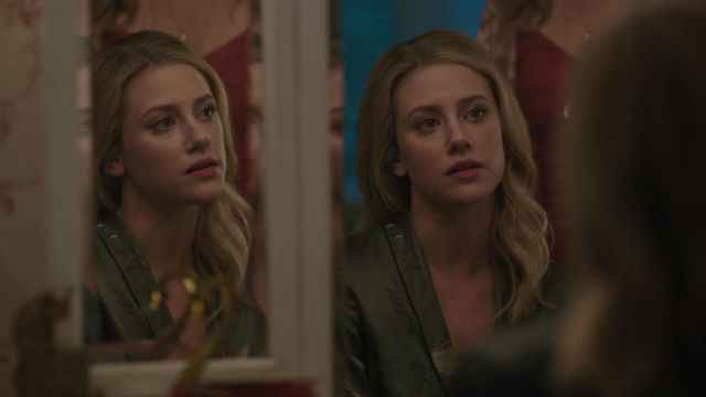 Dressing gown in silk Wilfred outfit worn by Betty Cooper (Lili Reinhart) seen in Riverdale Season 3 Episode 3 - TV Show Outfits and Products