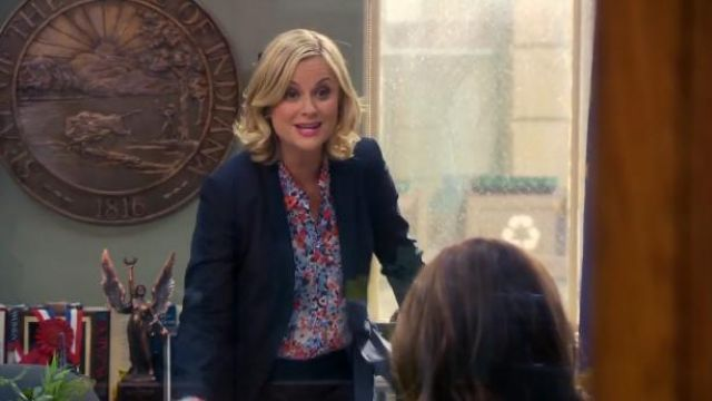 Equipment Americana Shirt in Blue Floral outfit worn by Leslie Knope (Amy Poehler) in Parks and Recreation (S06E10) - TV Show Outfits and Products