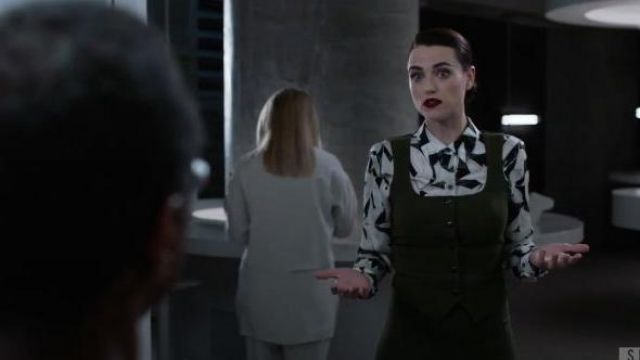 Equipment Floral Printed Blouse outfit worn by (Katie McGrath) in Supergirl Season 05 Episode 05 - TV Show Outfits and Products
