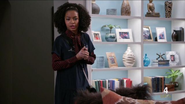 Equipment Kate Moss Signature Blouse outfit worn by Zoey Johnson (Yara Shahidi) in black-ish (Season 03 Episode 14) - TV Show Outfits and Products