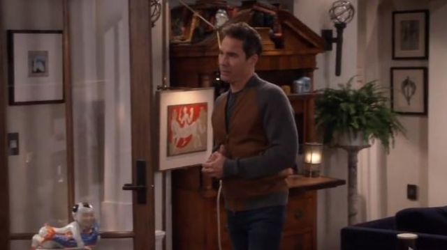 Ermenegildo Zegna Cashmere & Lambskin Leather Zip-Front Cardigan outfit worn by Will Truman (Eric McCormack) in Will & Grace (S01E14) - TV Show Outfits and Products