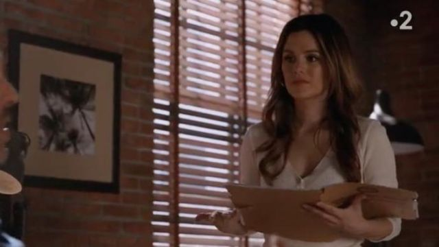 Fashion Trends 2021: Ester Thermal Henley Top outfit seen on Sam Swift (Rachel Bilson) in Take Two (S01E06)
