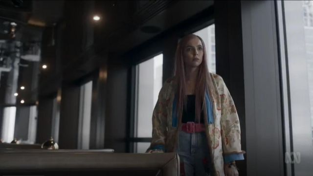 Etro Jacquard Kimono Coat outfit worn by Villanelle (Jodie Comer) in Killing Eve (S02E07) - TV Show Outfits and Products