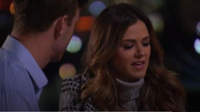 FRAME Ribbed Hi-Lo Cashmere Turtleneck outfit worn by JoJo Fletcher in The Bachelorette (S12E03) - TV Show Outfits and Products