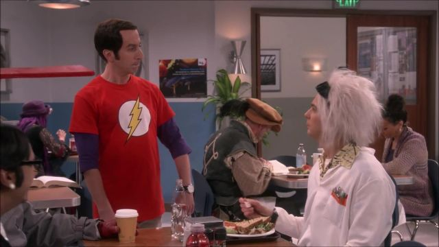 Fashion Trends 2021: Flash T-Shirt outfit seen on Howard Wolowitz (Simon Helberg) in The Big Bang Theory (S12E06)