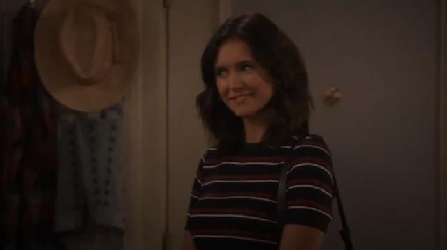 Frame 70s Tee outfit seen on Clem (Nina Dobrev) in Fam (S01E10)