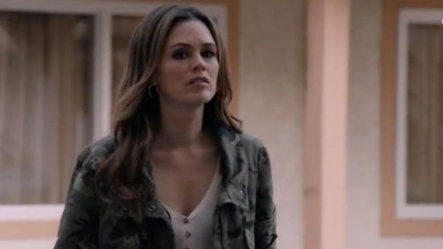 Fashion Trends 2021: Fran Camo Bomber Jacket outfit seen on Sam Swift (Rachel Bilson) in Take Two (S01E06)