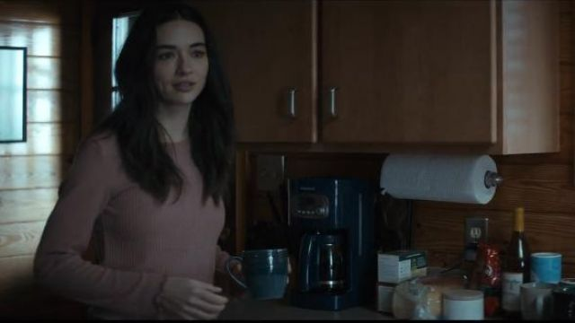 Full Tilt Essentials Mauve Womens Thermal outfit worn by Abby Arcane (Crystal Reed) in Swamp Thing (Season 01 Episode 01) - TV Show Outfits and Products