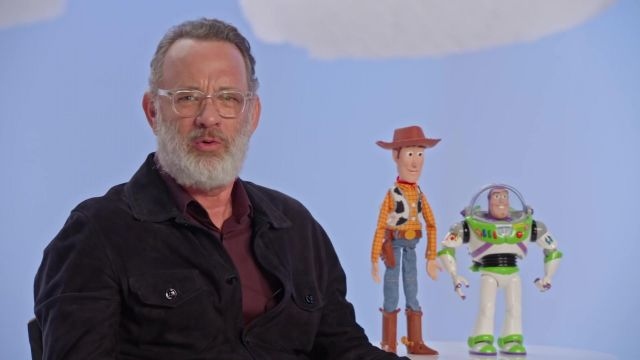 Glasses transparent sight outfit worn by Tom Hanks in the video Tom Hanks & Tim Allen Toy Story 4 Pixar - Youtube Outfits and Products