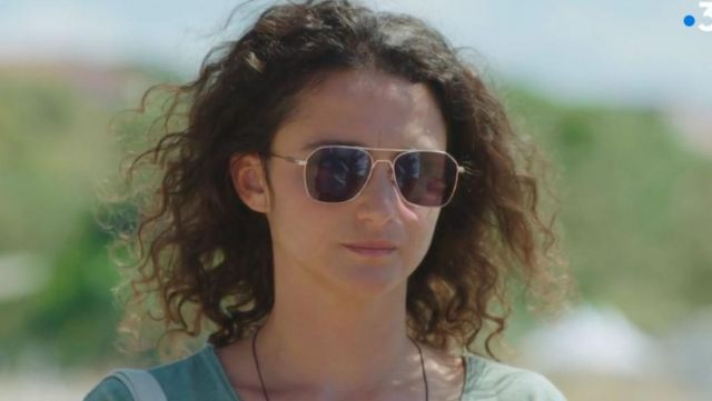 Golden brown sunglasses Emma (Pauline Bression) seen in a More beautiful life S14E3627 - TV Show Outfits and Products