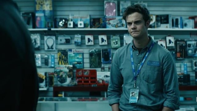 Gray shirt outfit worn by 'Wee' Hughie Campbell (Jack Quaid) as seen in The Boys (Season 01) - TV Show Outfits and Products