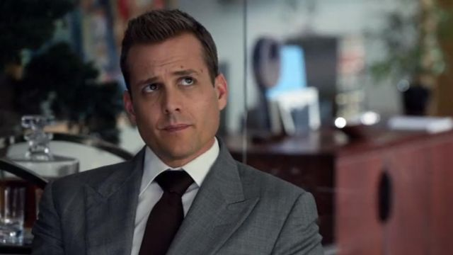 Fashion Trends 2021: Gray suit Tom Ford Harvey Specter (Gabriel Macht) seen in Suits Season 3 Episode 7