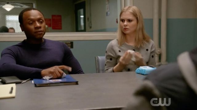 Gray sweater dotted with black J. Crew Liv Moore (Rose McIver) seen in iZombie Season 4E11 - TV Show Outfits and Products