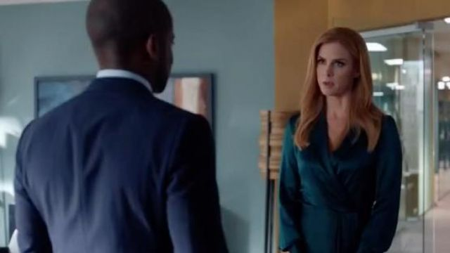 green dress satin donna paulsen sarah rafferty seen in suits lawyers to measure season 8 episode 7 tv show green dress satin donna paulsen sarah