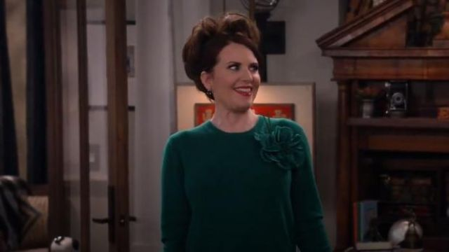 Gucci Flower Detail Sweater outfit worn by Karen Walker (Megan Mullally) in Will & Grace (S02E10) - TV Show Outfits and Products