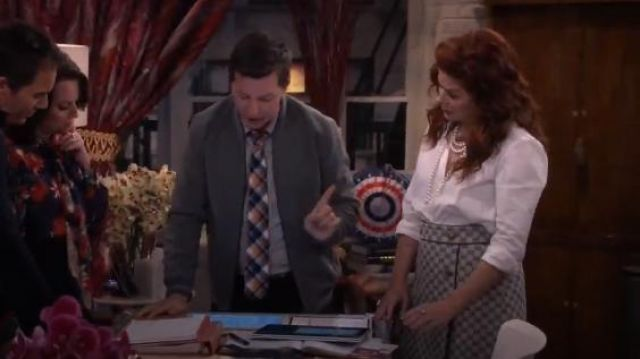 Gucci GG canvas A-line skirt outfit worn by Grace Adler (Debra Messing) in Will & Grace (S02E13) - TV Show Outfits and Products