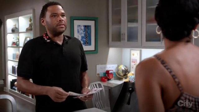 Gucci Polo With Snake Embroidery outfit worn by Andre 'Dre' Johnson (Anthony Anderson) in black-ish (Season 03 Episode 13) - TV Show Outfits and Products
