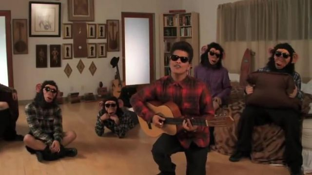 Guitar of Bruno Mars video clip The Lazy Song - Youtube Outfits and Products