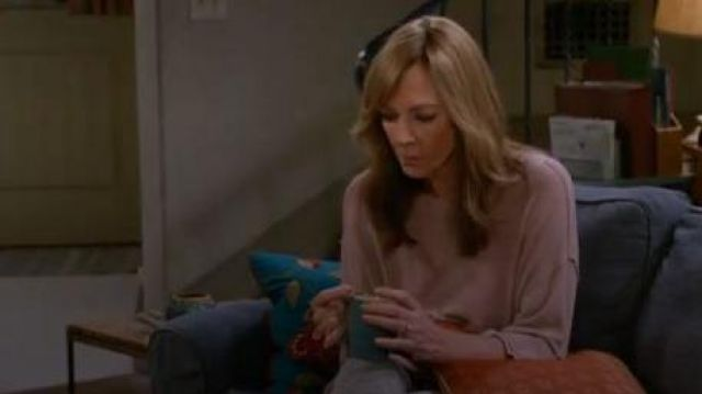 H by bordeaux Women Sweater outfit worn by Bonnie (Allison Janney) in Mom Season 07 Episode 06 - TV Show Outfits and Products