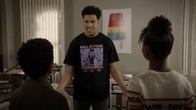 Hall of Fame Slamma T shirt outfit worn by Andre Johnson, Jr. (Marcus Scribner) in black-ish (S05E23) - TV Show Outfits and Products