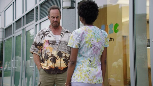 Hawaiian shirt outfit worn by Nick Sax (Christopher Meloni) in HAPPY! (S02E01) - TV Show Outfits and Products